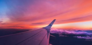 trekbible - cheapest days to fly - travel - air tickets