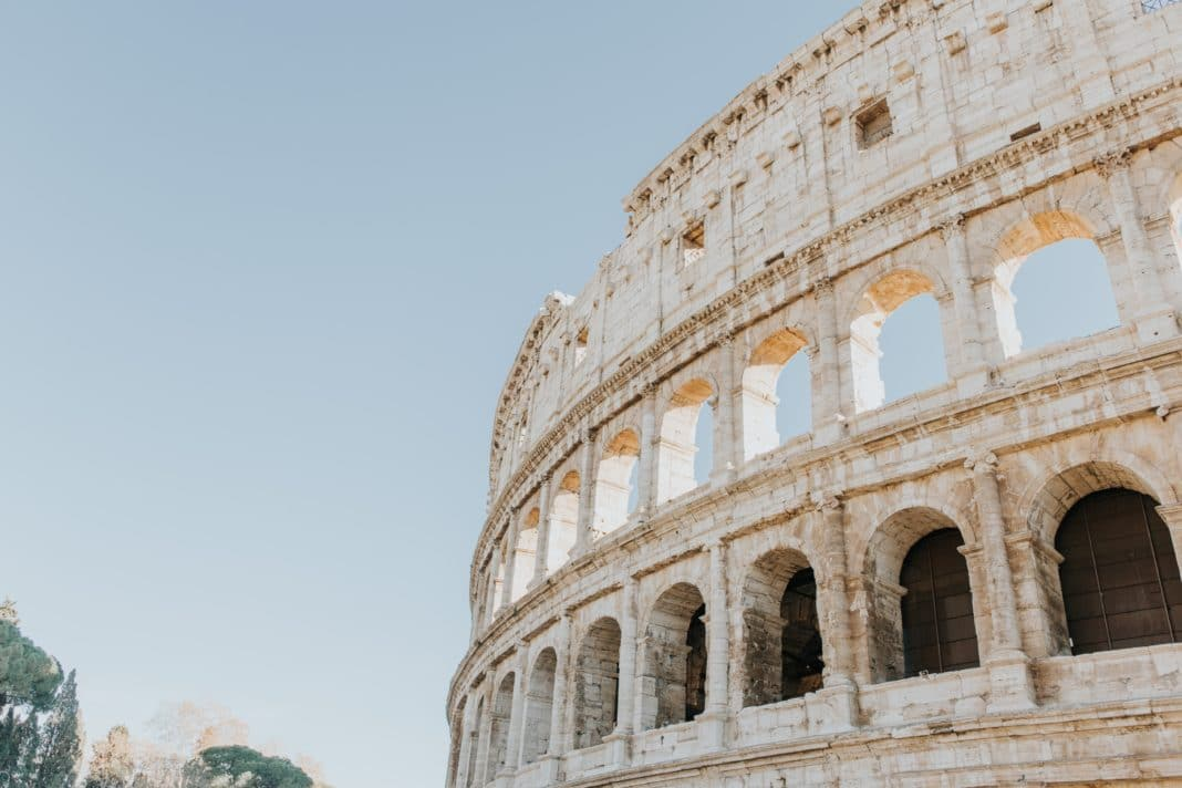 wonders of the world - Roman Colosseum