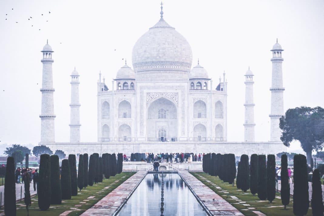 wonders of the world - Taj Mahal