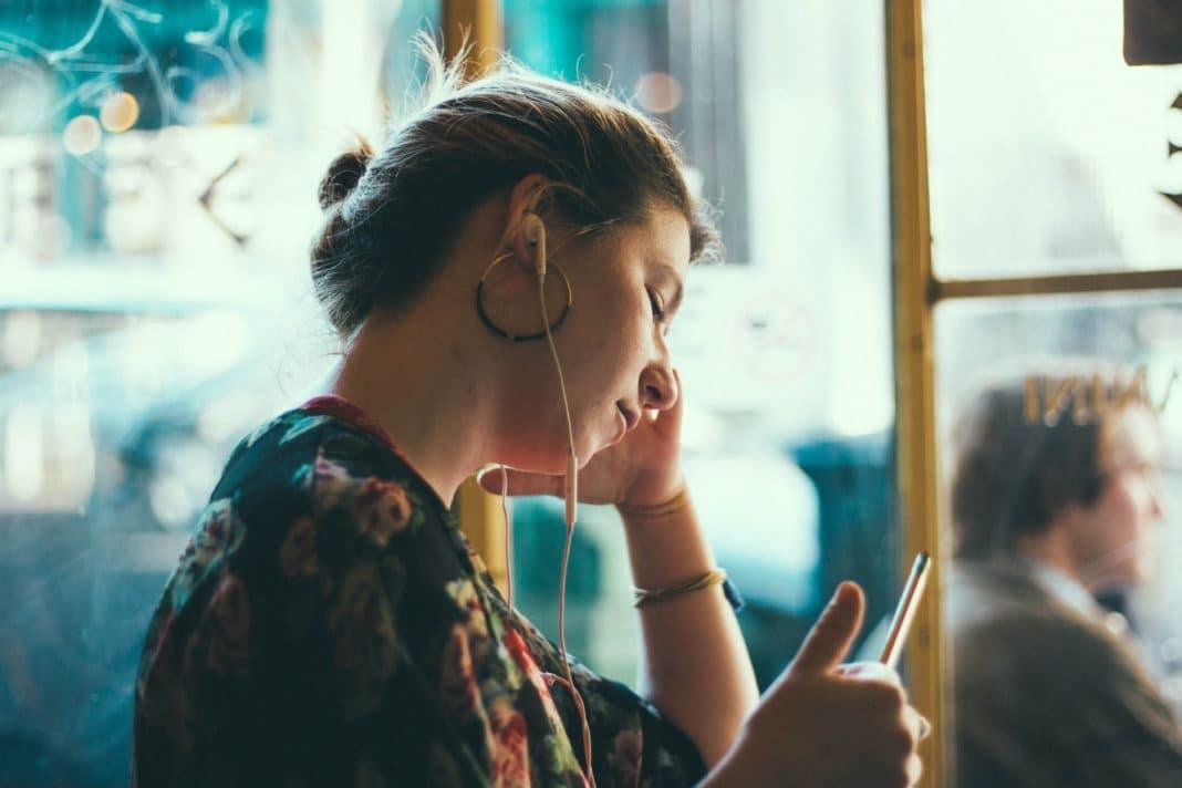Languages - Wireless Headphones