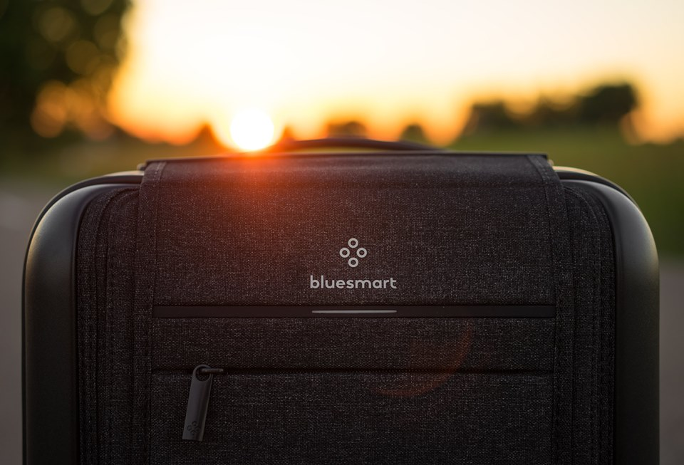 4dab63ab5c3d Bluesmart Black Edition Review  A Bluesmart Luggage Favorite of 2018 ...