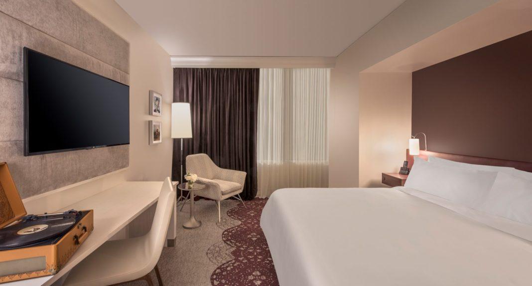 Fort Collins - Elizabeth Hotel