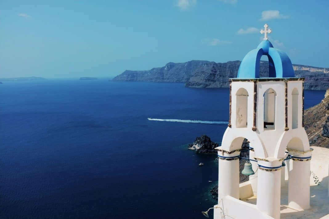 best cruise destinations - Santorini