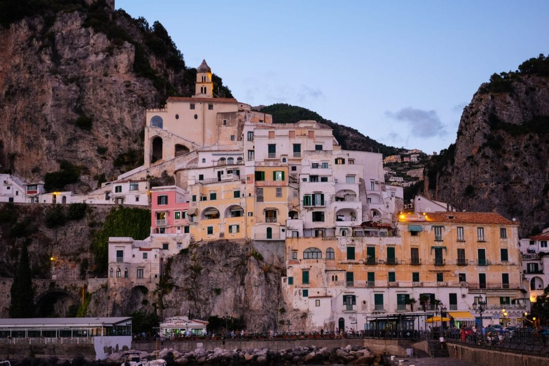 amalfi coast  - Book Your Flight