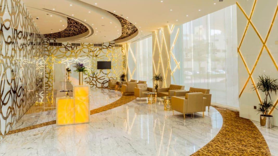 Tallest Hotel - Gevora Hotel