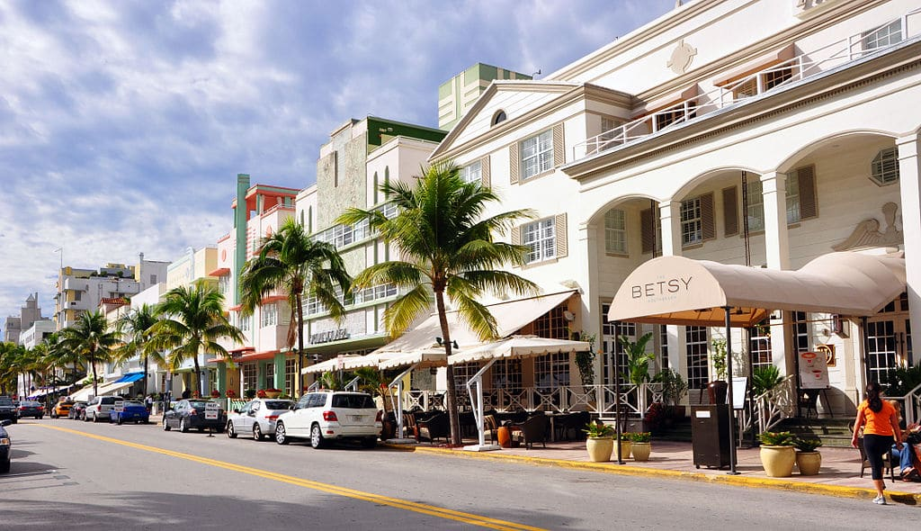 best hotels in Miami, best hotels in miami beach, top hotels in Miami, miami luxury hotels, best south beach hotels, best hotels in south beach Miami, most expensive hotel in miami