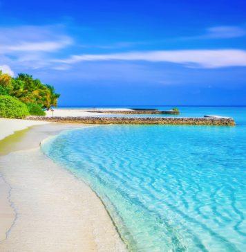 jobs, administrative jobs, Caribbean, Caribbean jobs, Richard Branson, trekbible, travel, travel inspiration, the British Isles, things to do