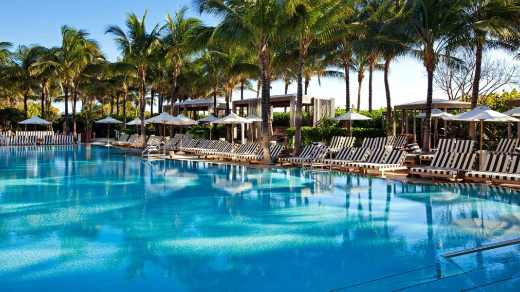 flirting games at the beach hotel miami beach resort
