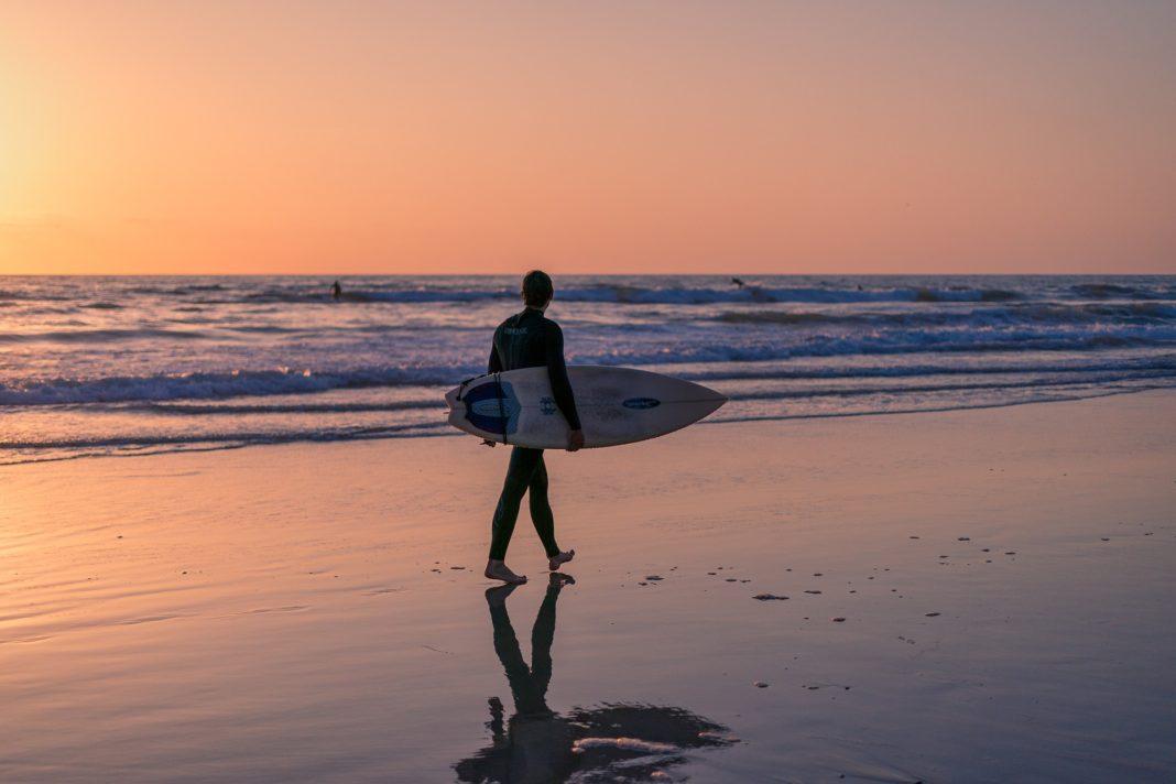 Surfing travel