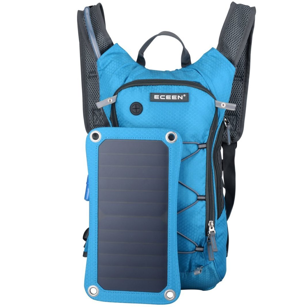 smart backpack - water for long hike
