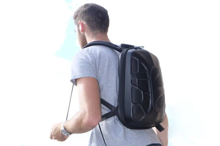 smart backpack - Trakk Shell