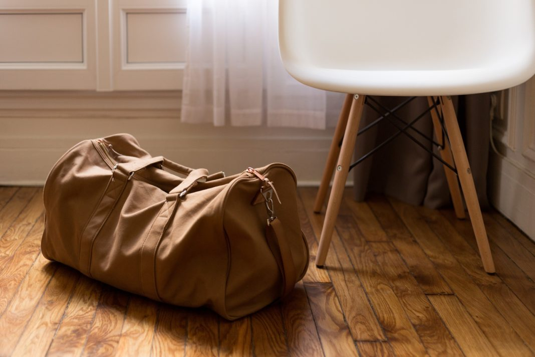 trekbible, how to pack a carry on, travel, travel intel, packing, luggage, minimalism, travel, travel tips, carry on, airlines, carry on bags, what to pack, packing needs