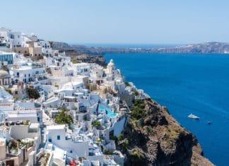 trekbible, travel, intel, flights, cheap flights, Primera Air, summer travel, visit Europe, Europe flights, London, Paris, budget airlines