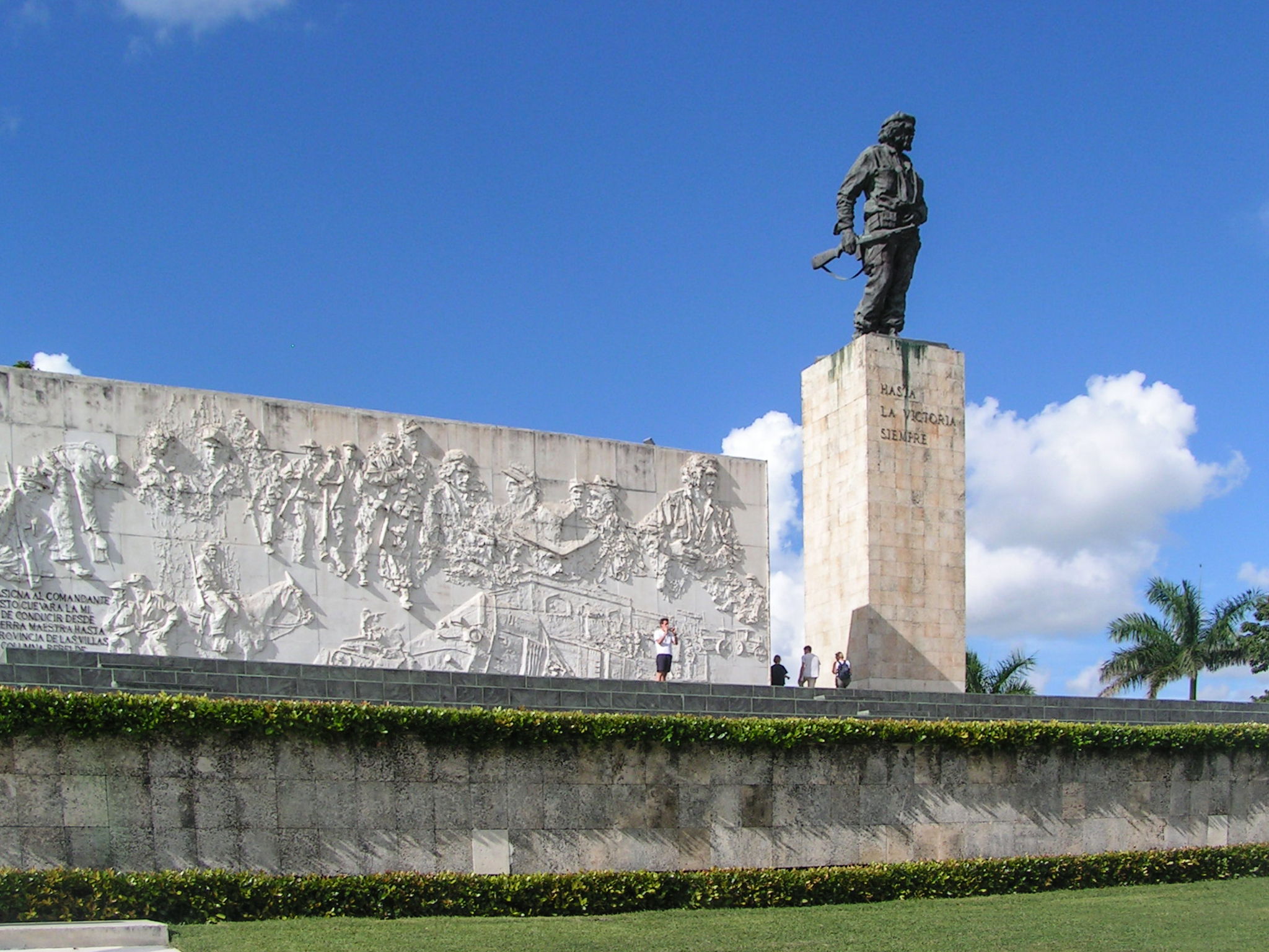 things to do in cuba - Che Guevara Mausoleum