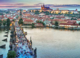 trekbible, air travel, United Airlines, flights, Europe flights, travel intel, travel news, cheap flights, new flights, Prague, Naples