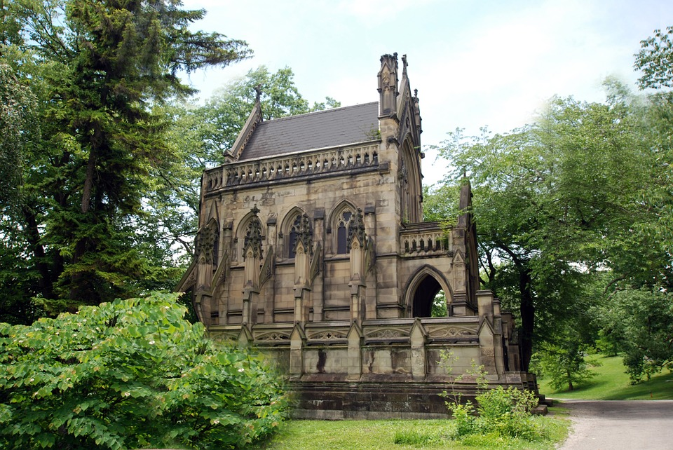 places to visit in ohio - Dexter Mausoleum