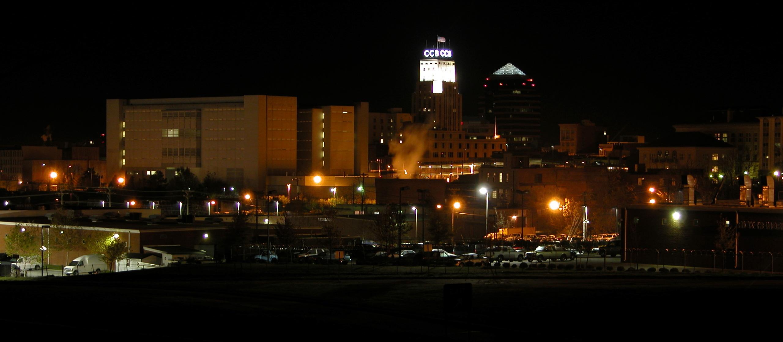 2003 11 22 Durham Night Skyline Trekbible