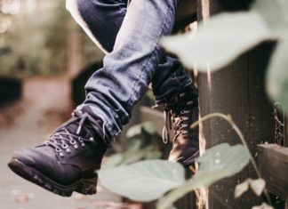 how to clean hiking boots, how to wash hiking shoes, how to clean boots, leather boot cleaner and conditioner, leather hiking boot care, how to care for hiking boots, cleaning hiking boots