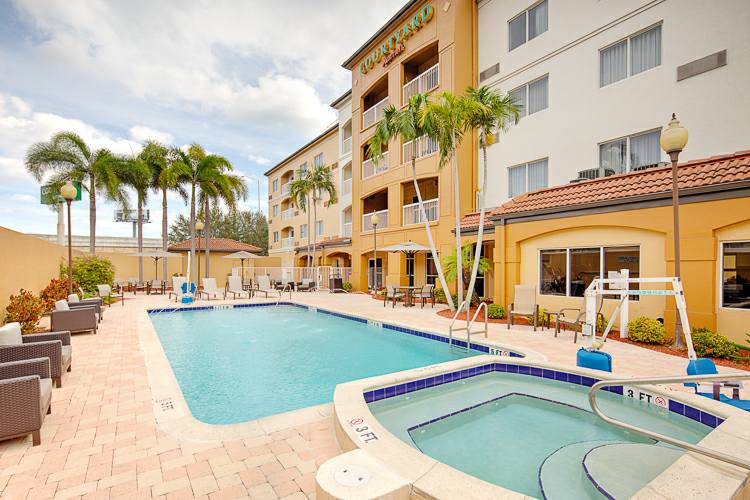 hotels in west palm beach - The Courtyard