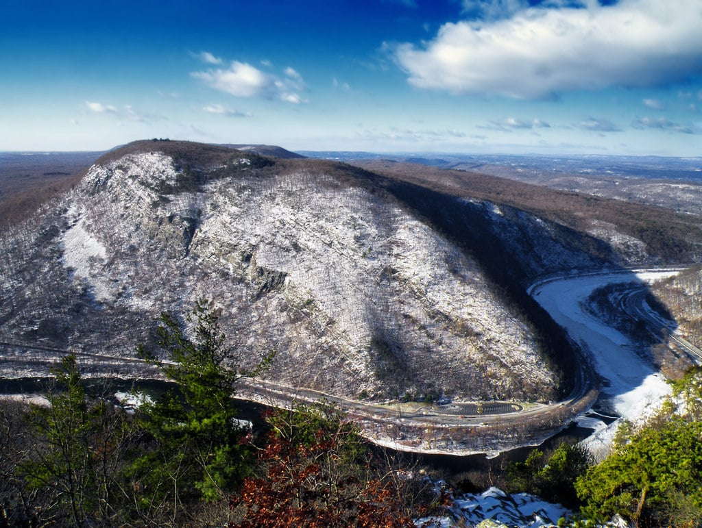 best hiking trails in every state - New Jersey - Mount Tammany