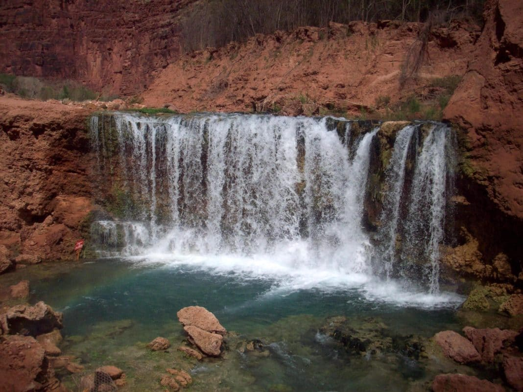 havasupai waterfalls - Lil Najavo Falls and Rock Falls