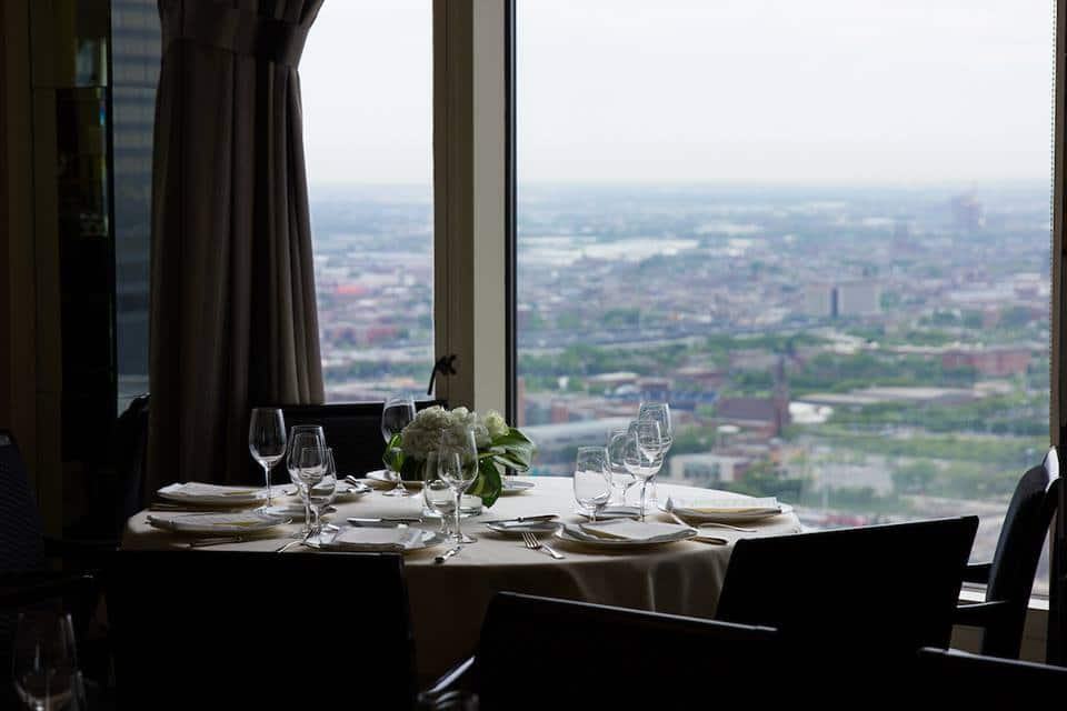 romantic restaurants -  Illinois – Everest