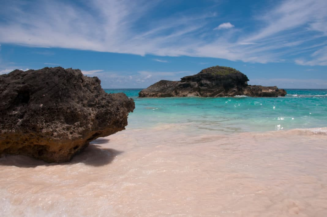 things to do in Bermuda - Pink Sand Beaches