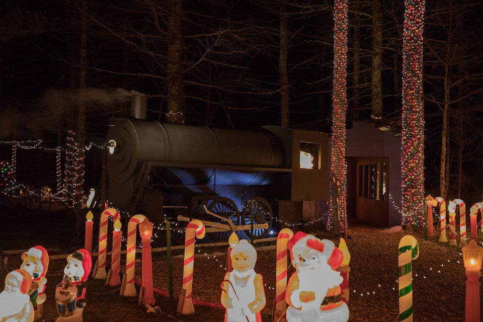 Christmas Light Displays - Rhode Island