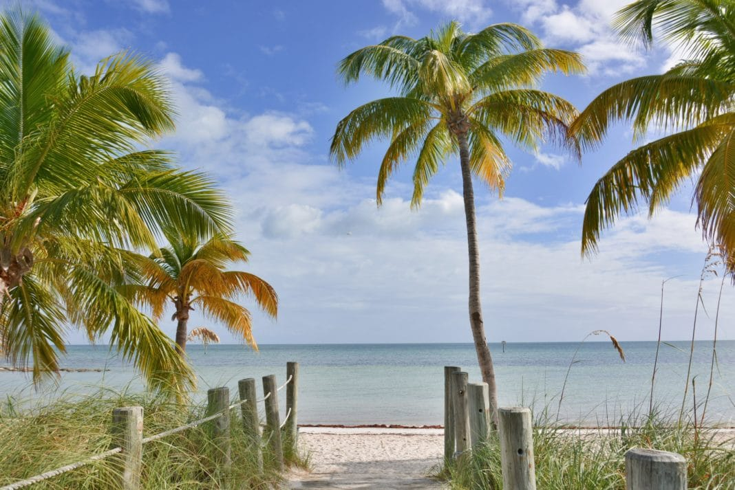 best beaches in key west - Smathers Beach
