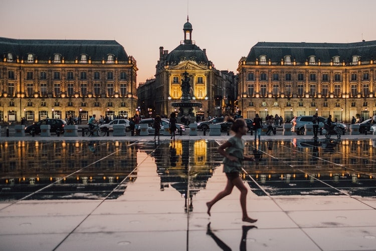 best places to travel alone - Bordeaux, France