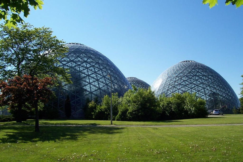 free things to do in milwaukee - The Domes