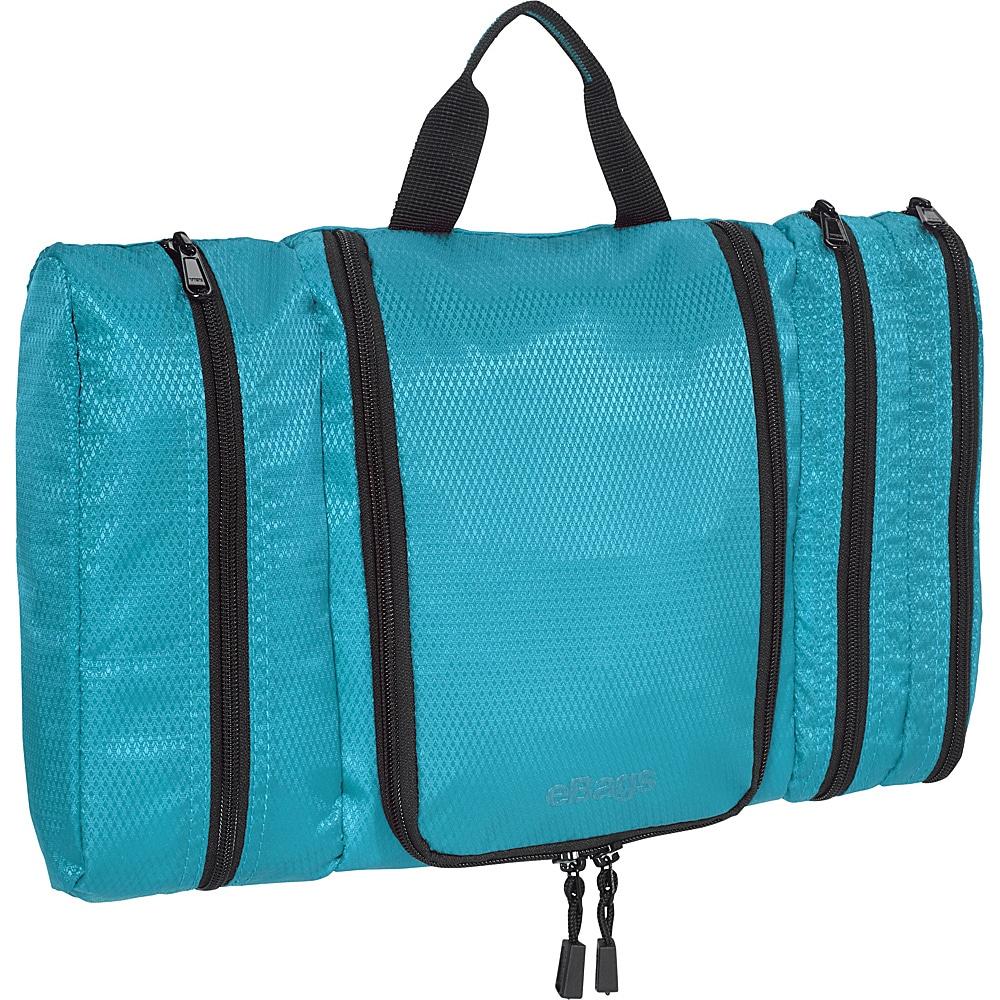 toiletry bag, briggs and riley wash bag, briggs and riley dopp kit