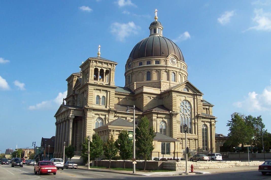 free things to do in milwaukee - Basilica