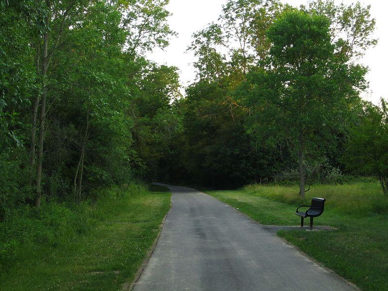 free things to do in milwaukee - Oak Leaf Trail