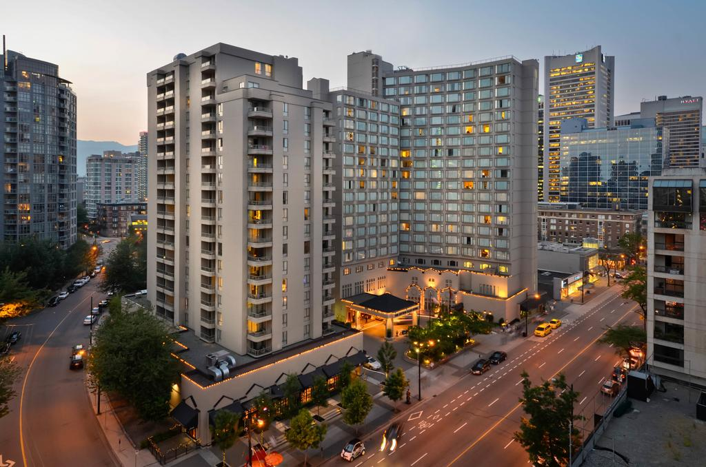 where to stay in Vancouver - Sutton Place Hotel