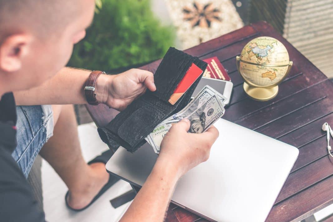 digital nomad jobs - Hustle