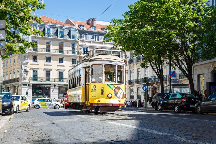 lisbon, things to do in lisbon, yellow tram, 28 tram, portugal, lisbon city guide