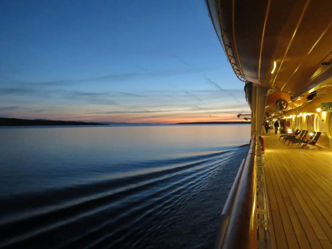 cruise tips - Expect
