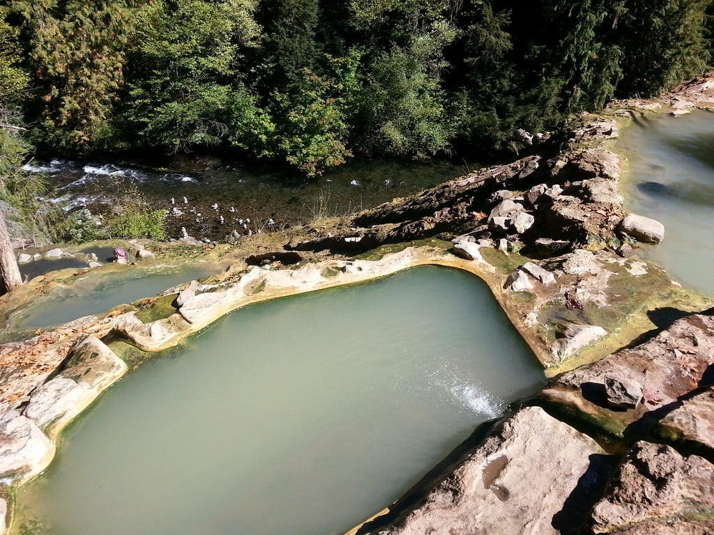 best hot springs in oregon - Umpqua Hot Springs