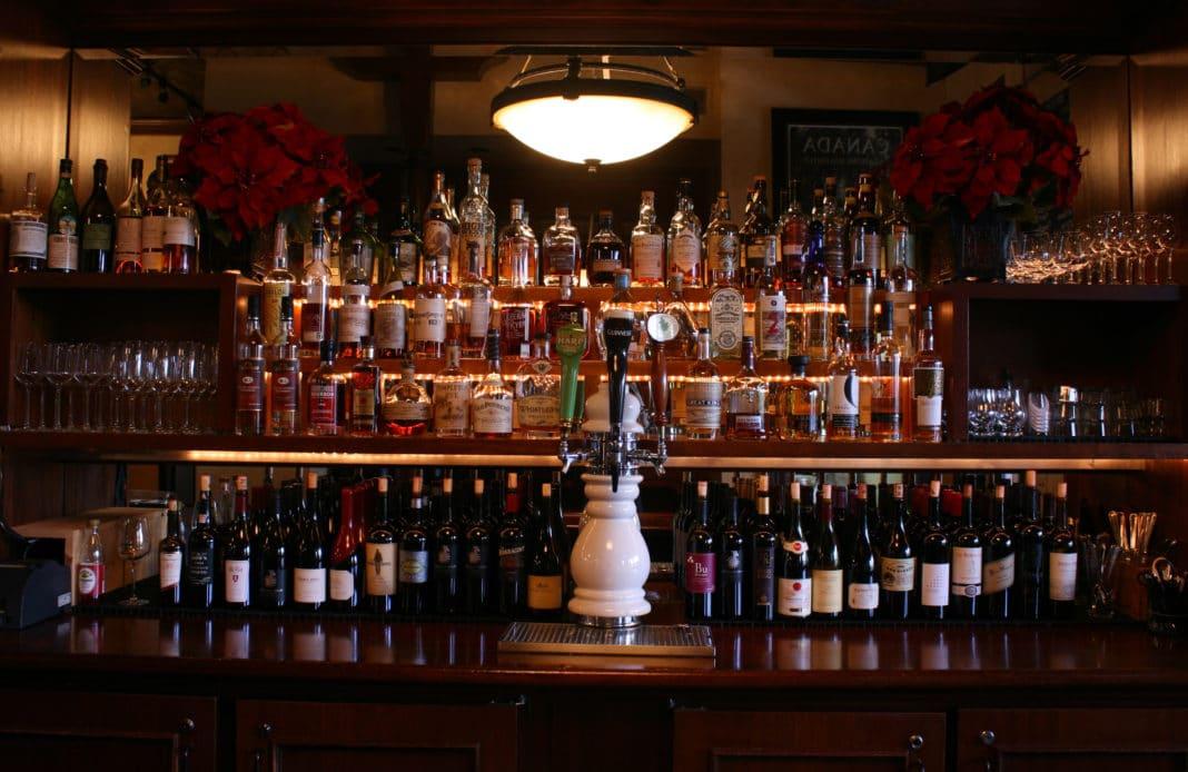 napa valley restaurants - Bounty Hunter Wine Bar & Smokin' BBQ