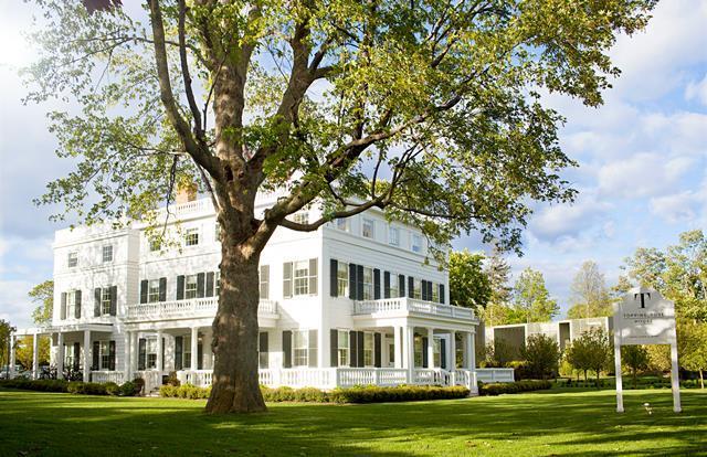 romantic getaways in NY - Bridgehampton: Topping Rose House
