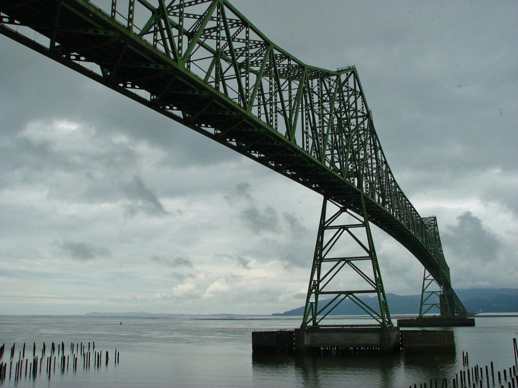 best places to visit in oregon - Astoria