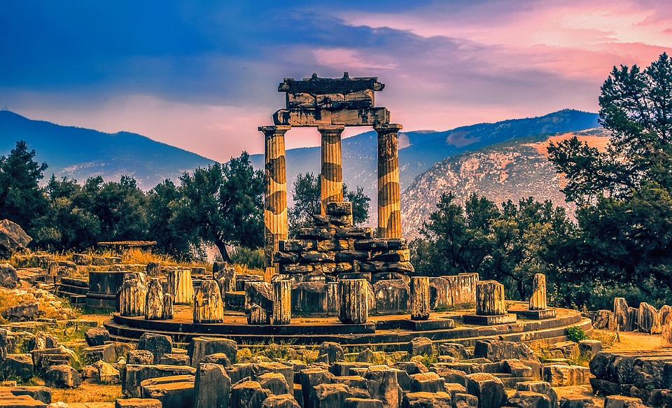 things to do in athens - Delphi
