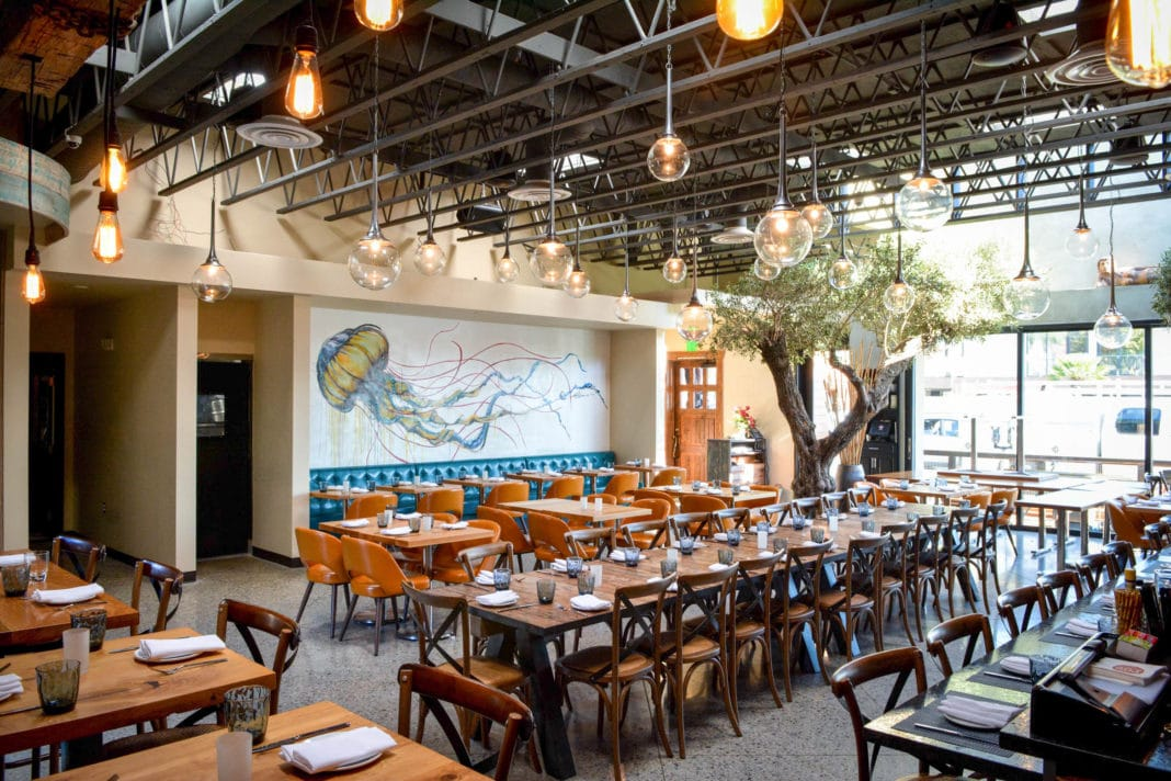 best restaurants in long beach - Roe Seafood