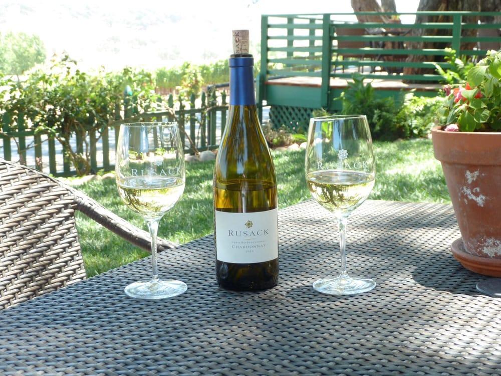 Santa Barbara wineries - Rusack Vineyards