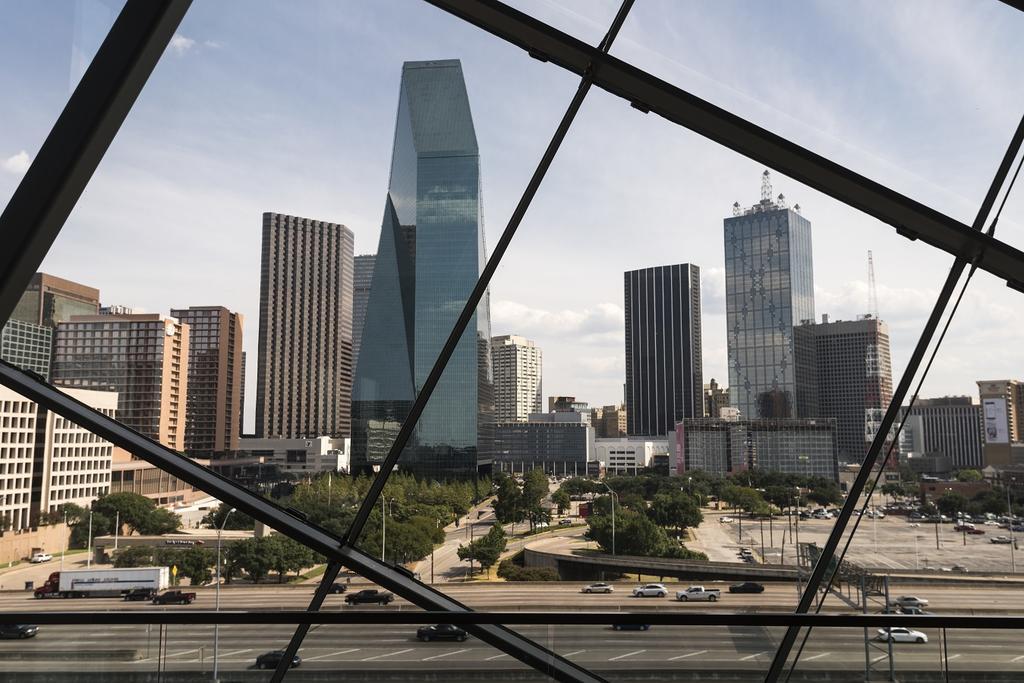 best hotels in Dallas - Ritz-Carlton Dallas