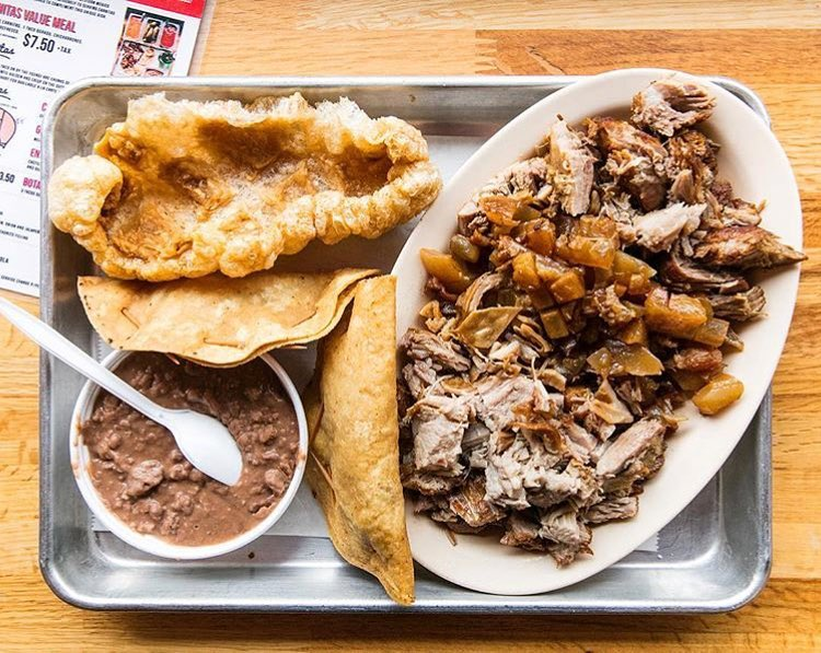 best mexican restaurants in Chicago - Carnitas Uruapan