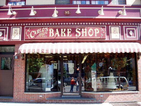 hoboken restaurants - Carlo's Bakery