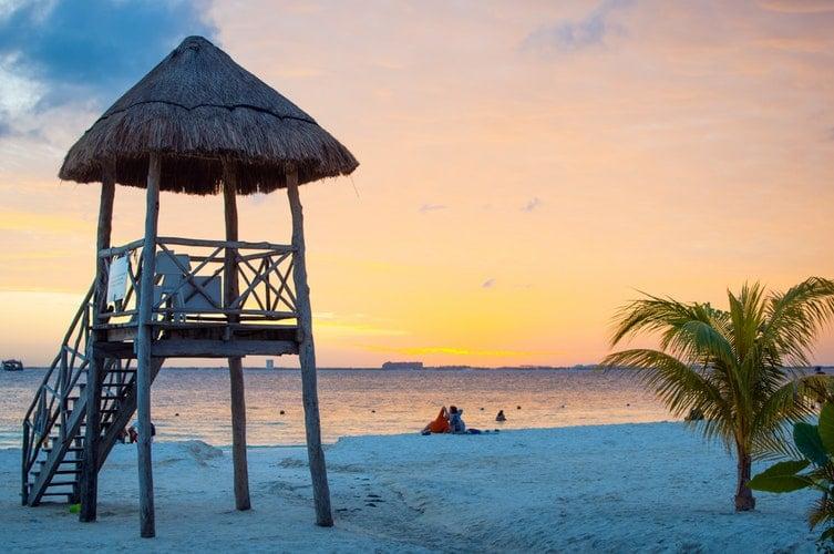 Best Honeymoon Resorts - Mexican