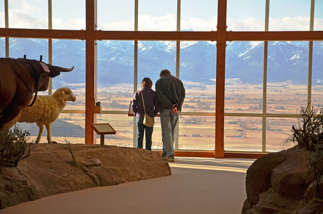 best places to visit in oregon - Oregon Trail Interpretive Center